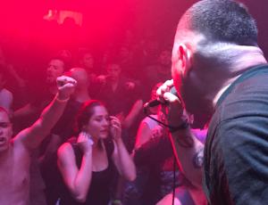 """Los Suziox Performs """"Miseria"""" in Medellin"""